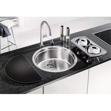 Кухненска мивка BLANCO RONIS IF от неръждаема стомана, за монтаж на равно с плот, с аксесоари